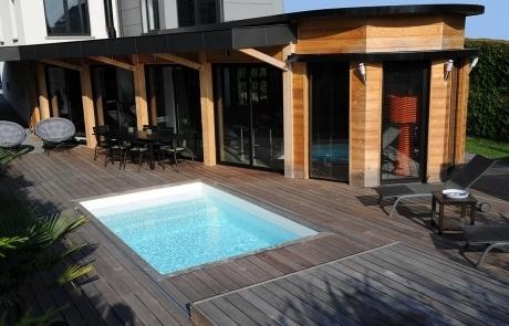 piscine toit coulissant