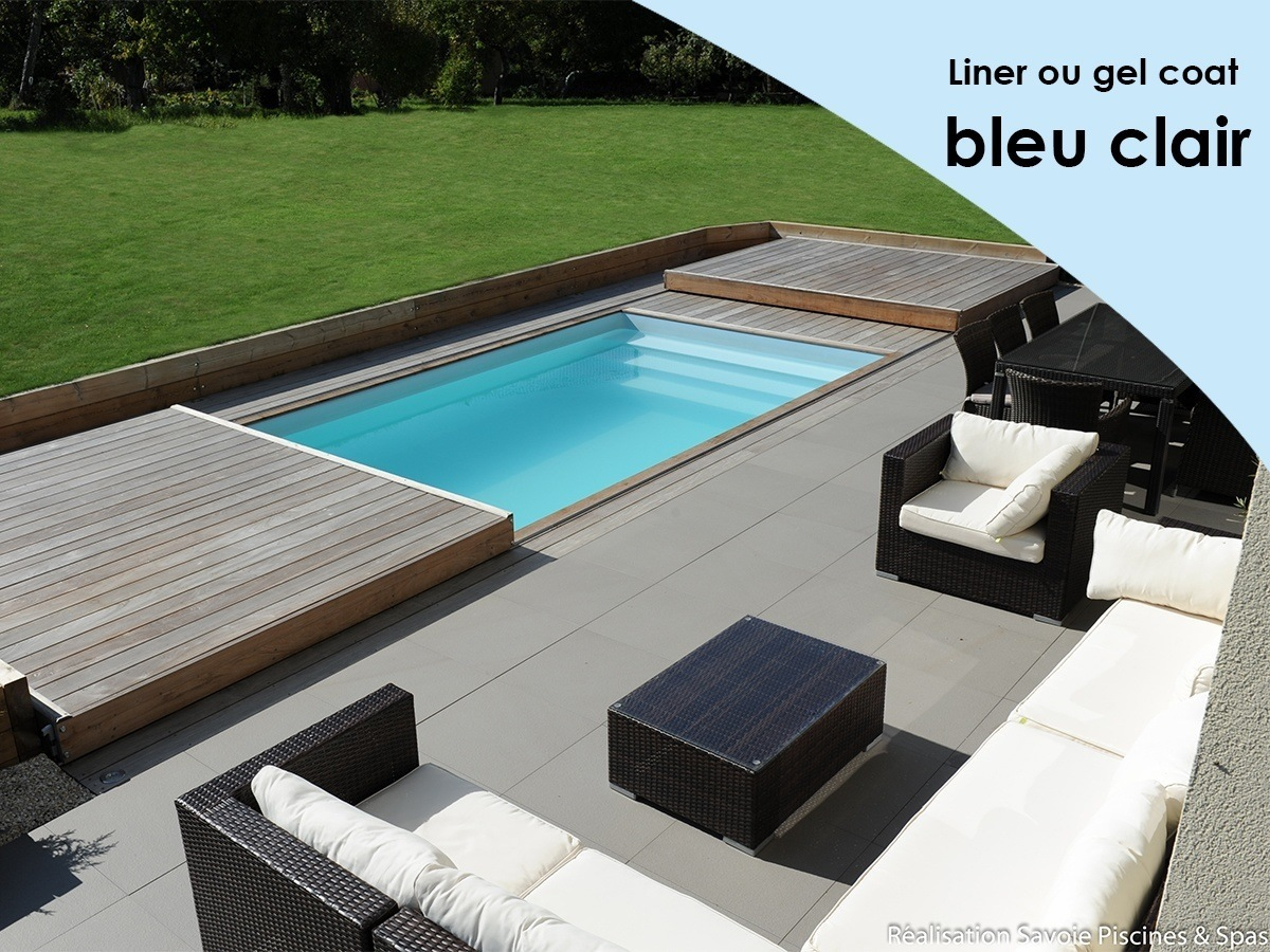 couleur bleu clair piscine