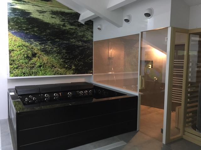 Spa option lounge